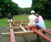 野川公園で体操です